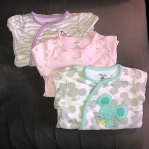 Bundle of 3- footed baby pajamas